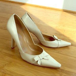 2/$15 Cathy Jean Cream stiletto heels sz 8.5